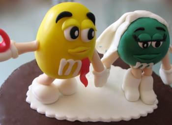 M&M's cake – 10º aniversário casamento
