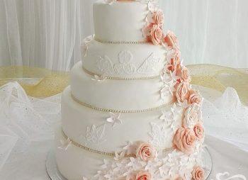 Classic Roses Wedding Cake